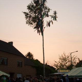 Letztes Maifest im alten Dorf ...